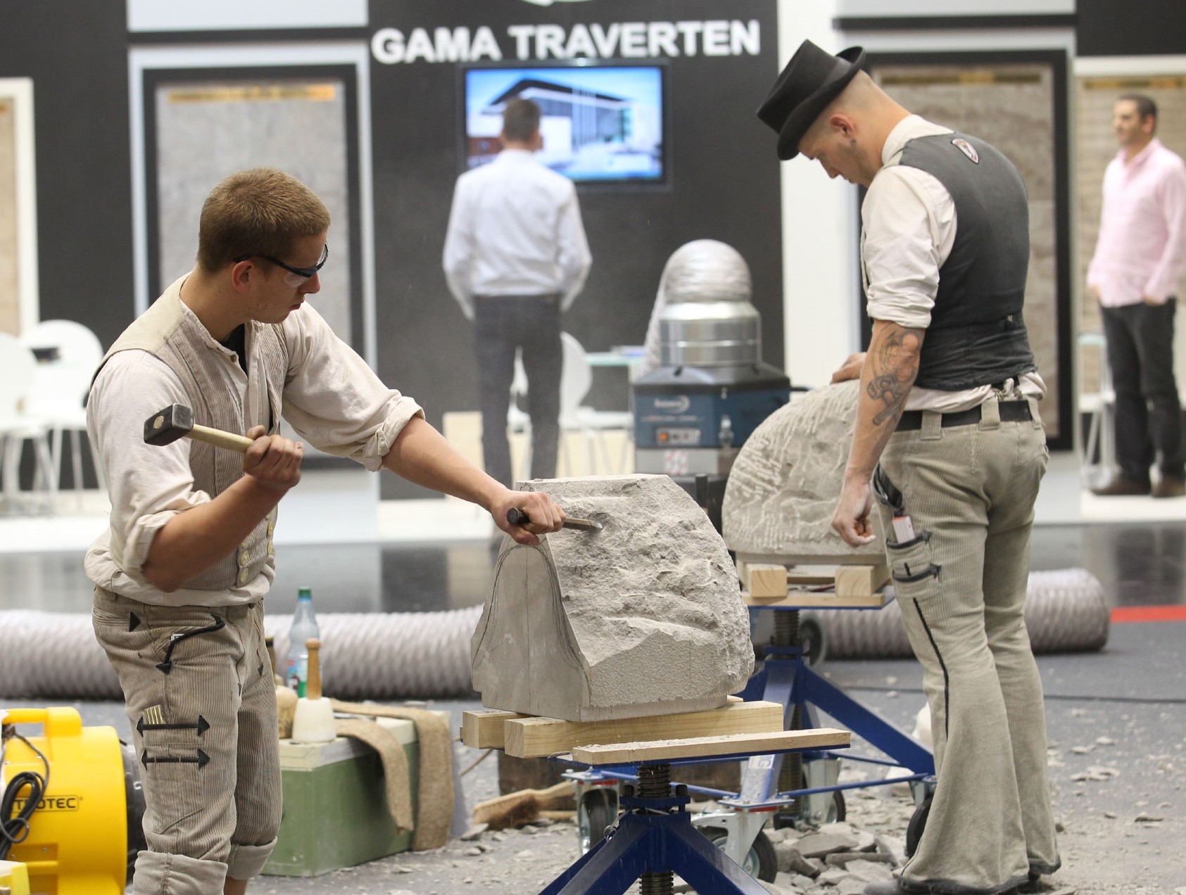 stone-tec-nuernberg-2020-natural-stone-exhibition-preparations-june